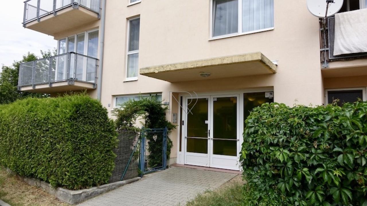 PRAHA 9 - KBELY, 2 pokoje pokoje,1 KoupelnaBathrooms,Byty,Pronájem,POD NOUZOVEM,1052