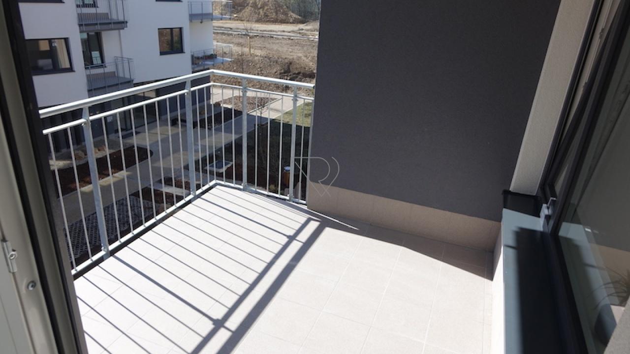 PRAHA 9 - STŘÍŽKOV, 1 Pokojů pokoje,1 KoupelnaBathrooms,Byty,Pronájem,Makedonská,4,1008